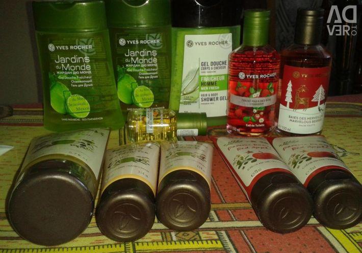 Perfume Secrets d'Essences series