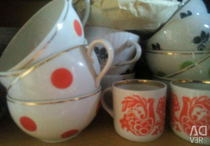 Cups, mugs, saucers