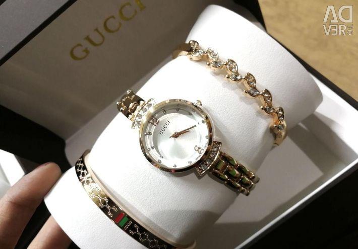 Часы Gucci с браслетами в Барнауле