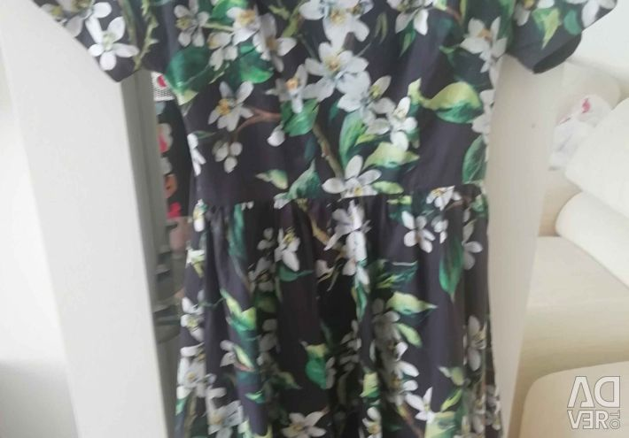 New dress company Dolce Gabbana size 42-44
