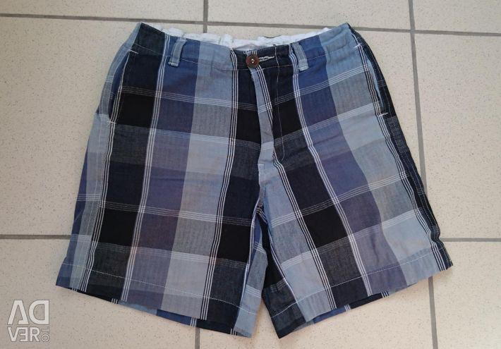 Checked shorts 152-158-164.