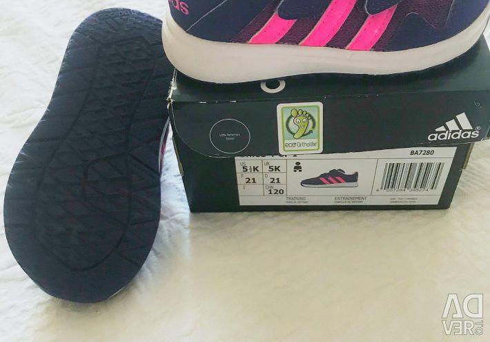 Кросівки дитячі adidas