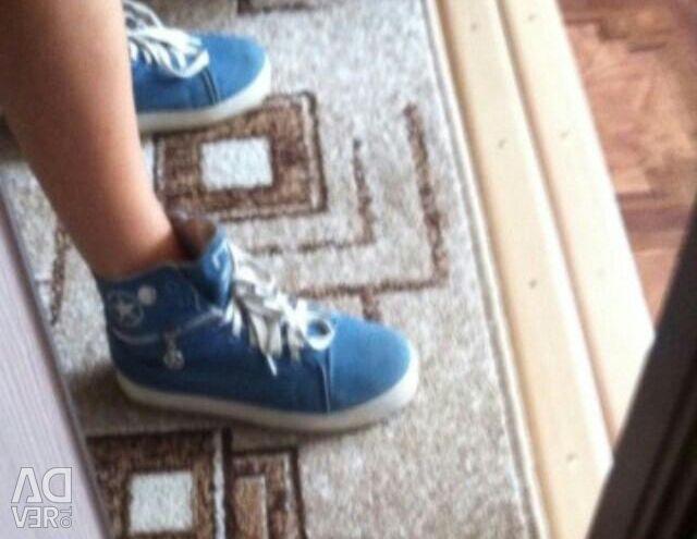 Denim sneakers 37-37.5