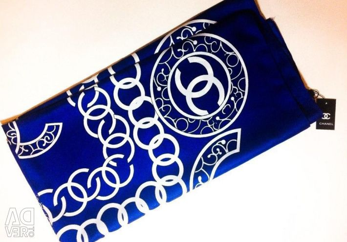 Шелковый платок Chanel синий