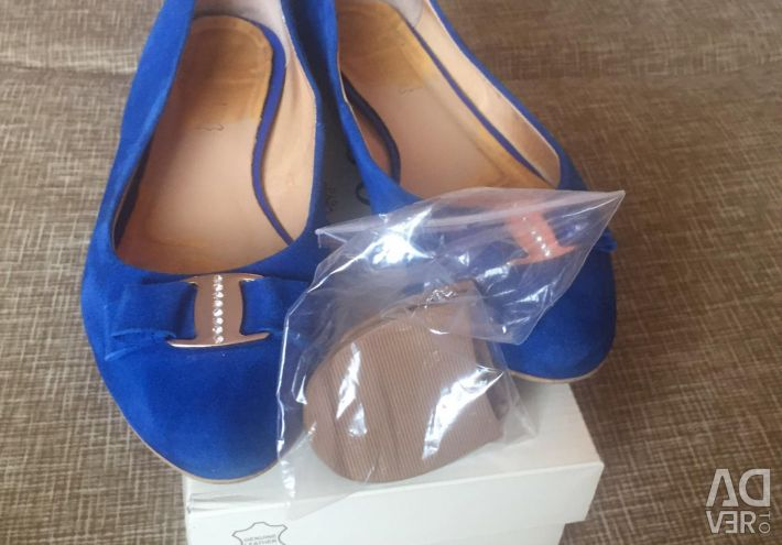 Shoes / ballet shoes leather blue