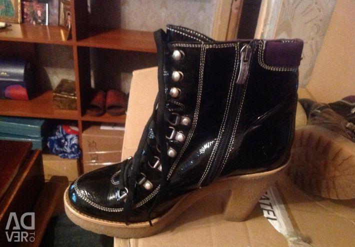 Χρησιμοποιημένες μπότες Mazetti