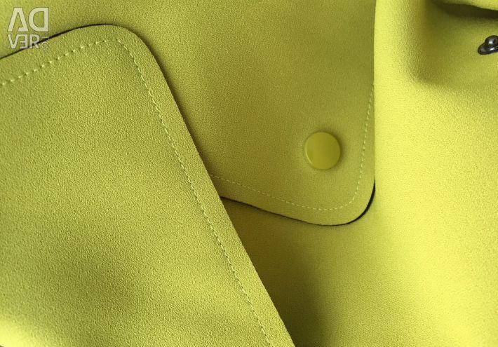 Coat (Trench) lămâie-muștar de culoare 40-46 rr