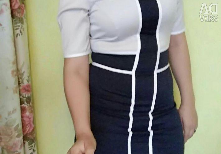 Два сукні