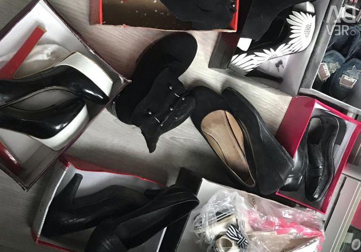 Γυναικεία παπούτσια και παιδικά