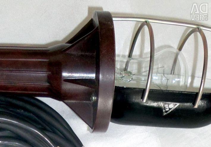 Noua lampă portabilă cu soclu de 12 metri