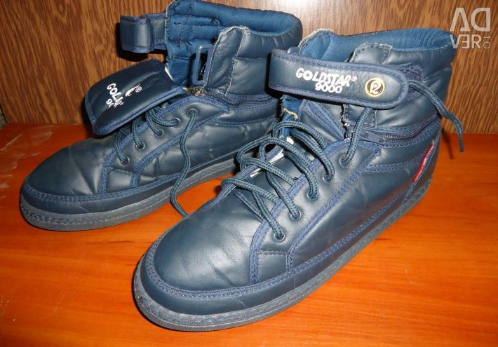 Sneakers new