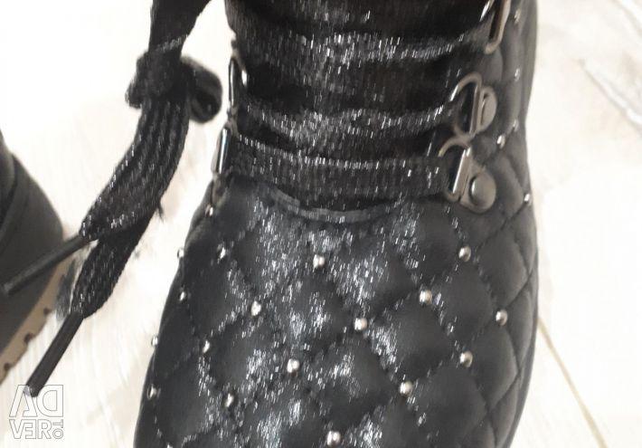New erozim boots
