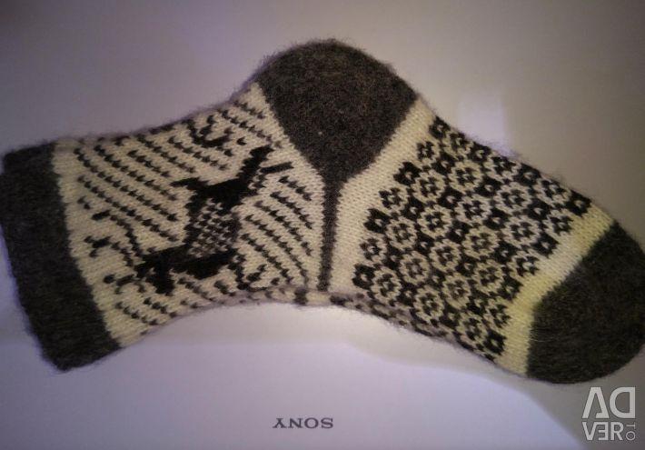 Шкарпетки з козячої вовни ручного в'язання