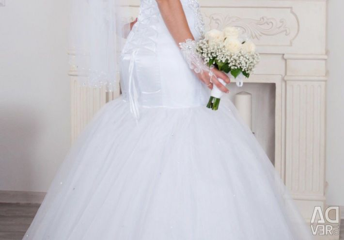 Wedding dress Fish