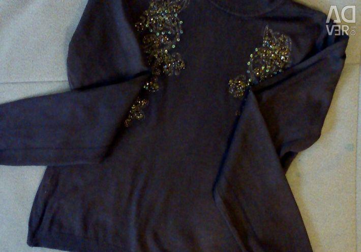 Very beautiful sweater, p 40-42, exchange / sale