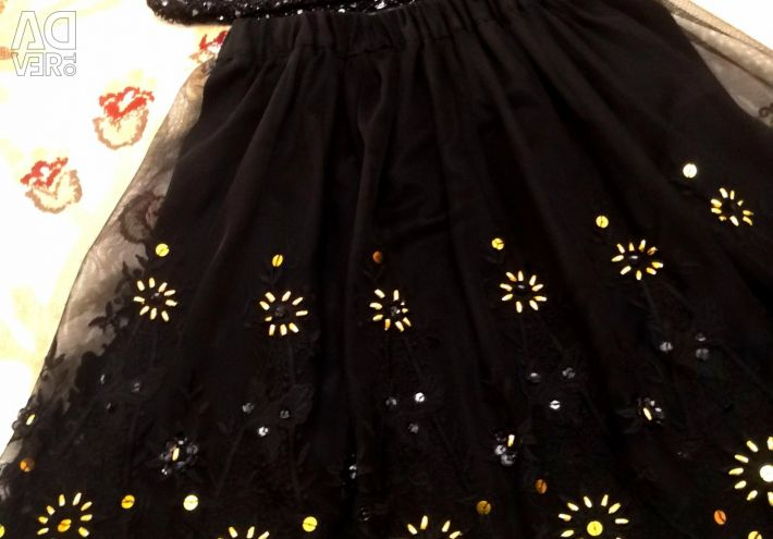⚜ ⚜ Love Moschino skirt, sequins, black lace