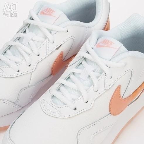 Sneakers NIKE NEW