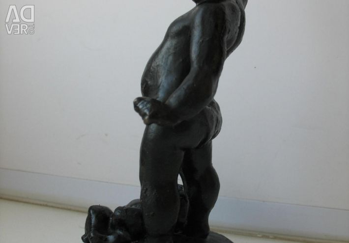 Figure Boy with a mug Cast-iron Foundry 1962g