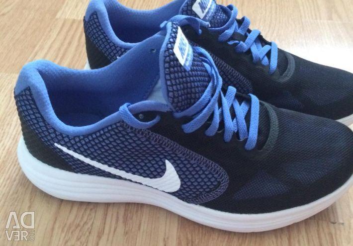 Кросівки Nike нові