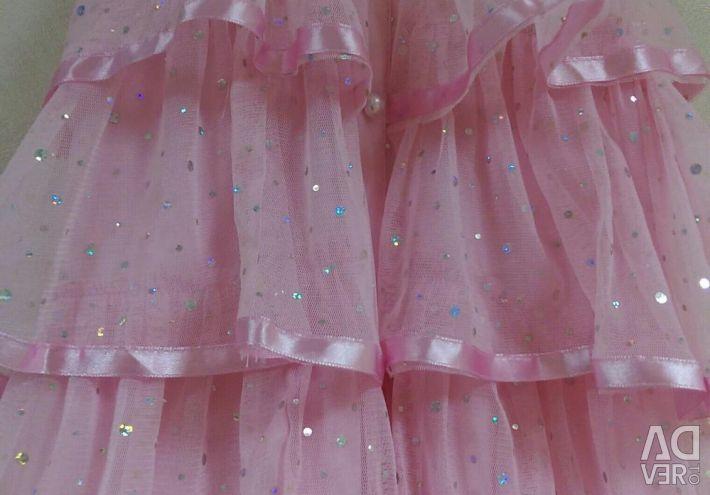 O rochie dulce pentru o mica printesa
