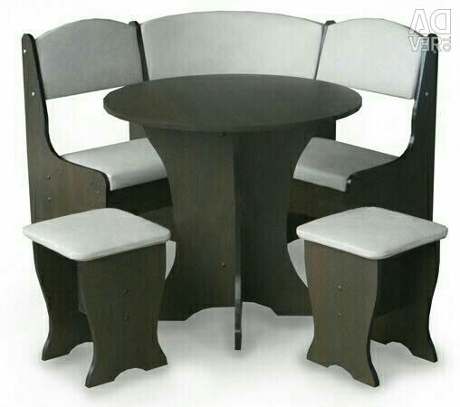 Kitchen corner with a round table
