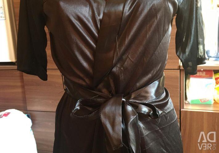 Еротичні халати нові зелeного і чeрний