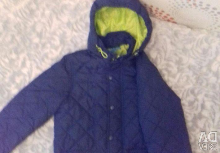 Куртка весна -осень, с капюшоном, 2 кармана