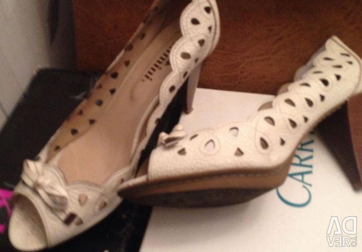 Κομψά παπούτσια
