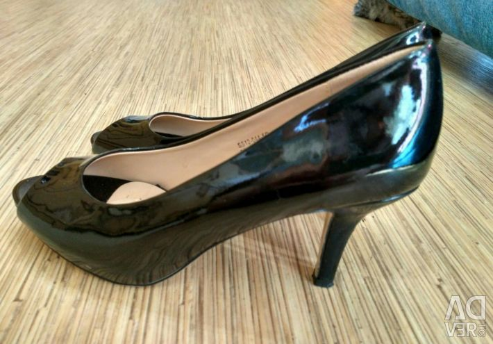 Sandale 37 dimensiune