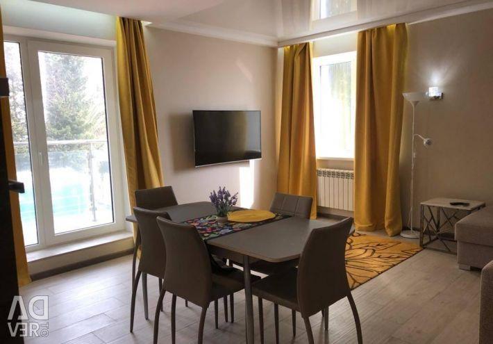 Квартира, 3 комнаты, 83 м²