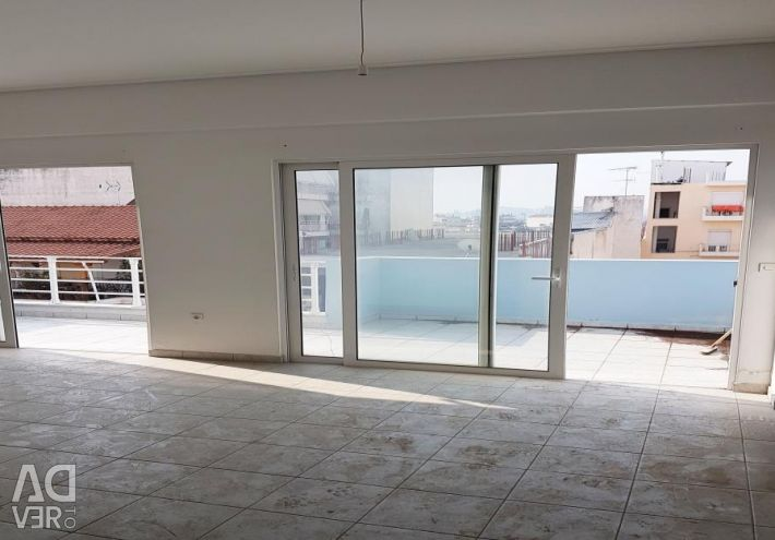Α 4th floor apartment (3 rooms, 1 bathroom) of 75.