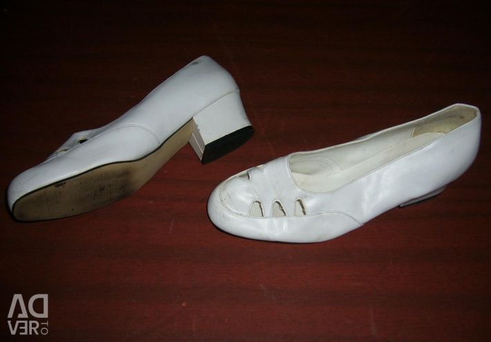 Different shoes all 39 size