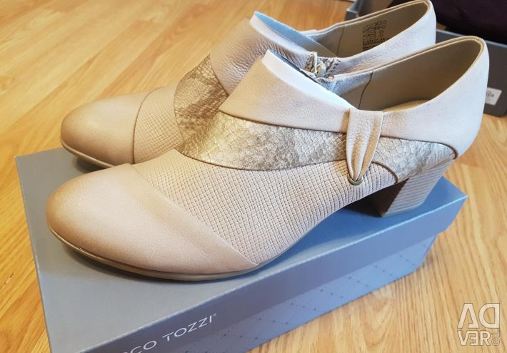 Low shoes Marco Tozzi leather