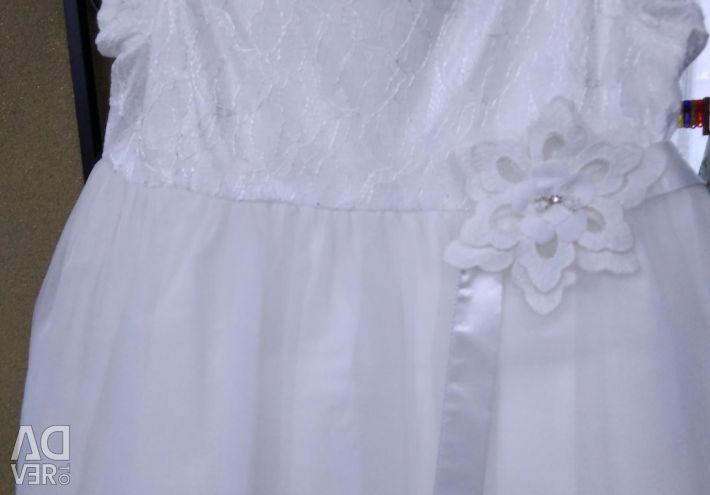 Νέο μέγεθος φόρεμα από 3 έως 5 χρόνια.