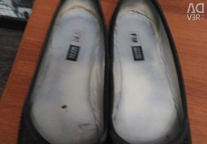 Обувь разная фирменная всe по 150.Обмен