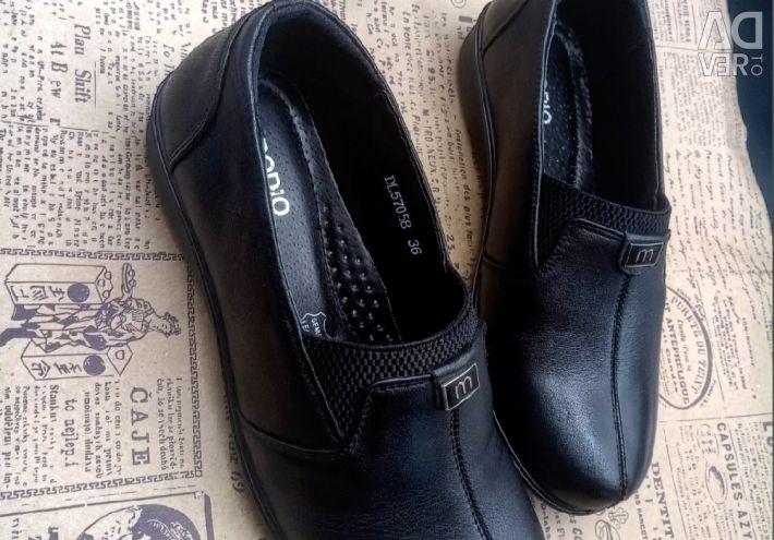 Ayakkabılar 36 37 38 39 40 beden yeni