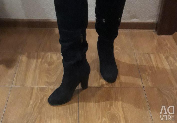 Boots demi-season 37 sizes