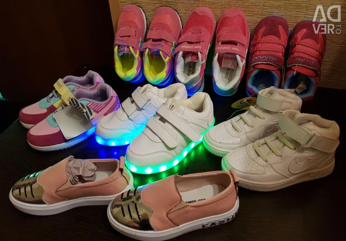 Sneakers new p.27