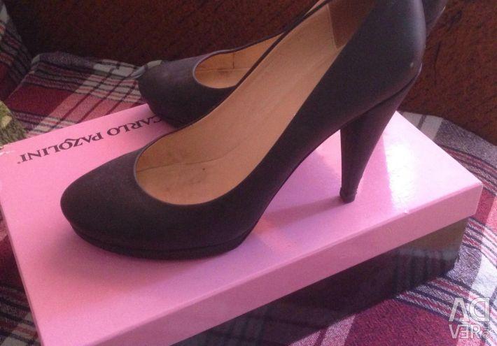 Deri ayakkabılar Carlo Pazolini