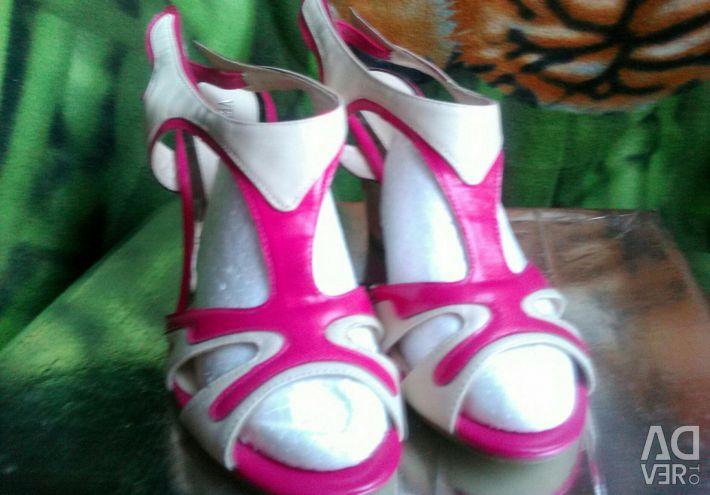 Flip-flops 40