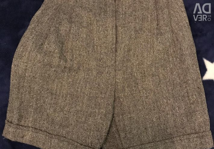 Shorts with high waist