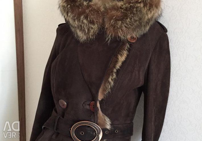 Sheepskin coat for off-season p40-42