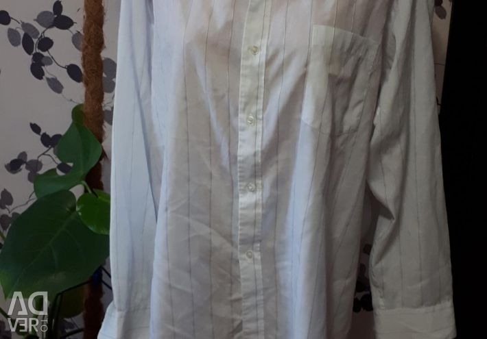 Men's shirt (available for a photo shoot)