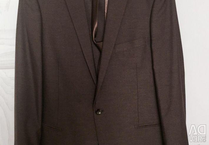 Carlo Fabiano костюм+галстук