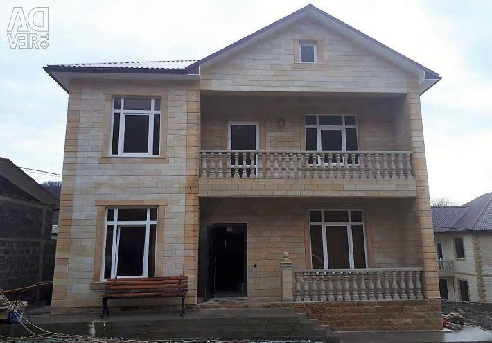 Σπίτι, 190μ²