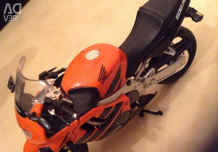 Moto HONDA F4 600