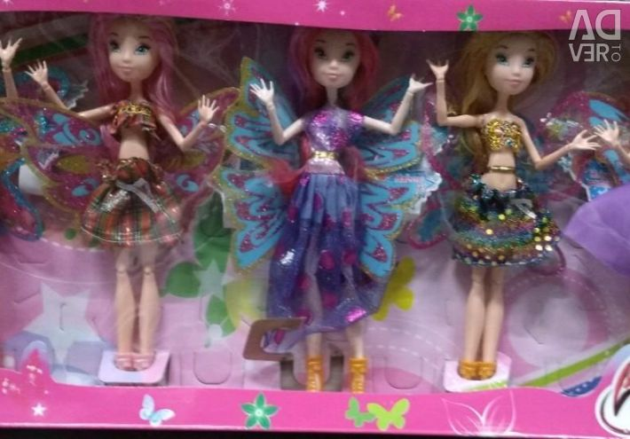 Set of 5 Winx dolls new