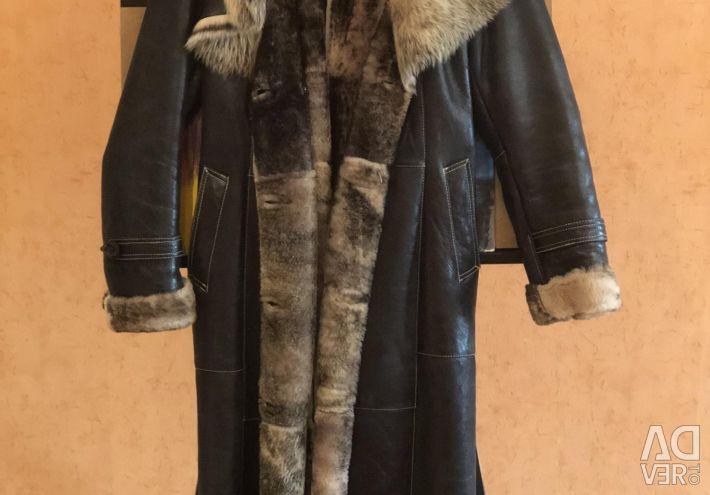 Doğal kürklü koyun derisi ceket