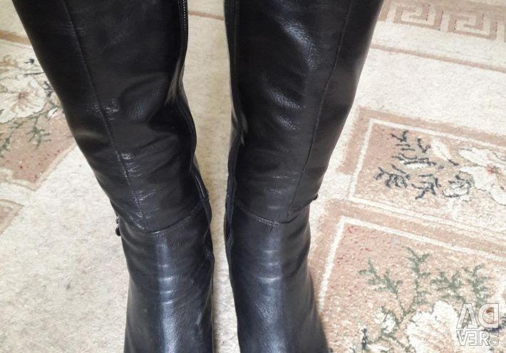 Μπότες γνήσιο δέρμα σε άριστη κατάσταση. 38 r