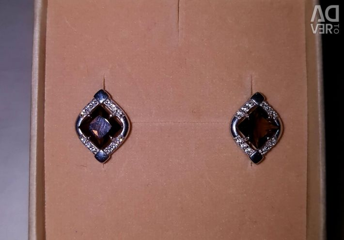 Earrings with topaz. 925 sterling silver